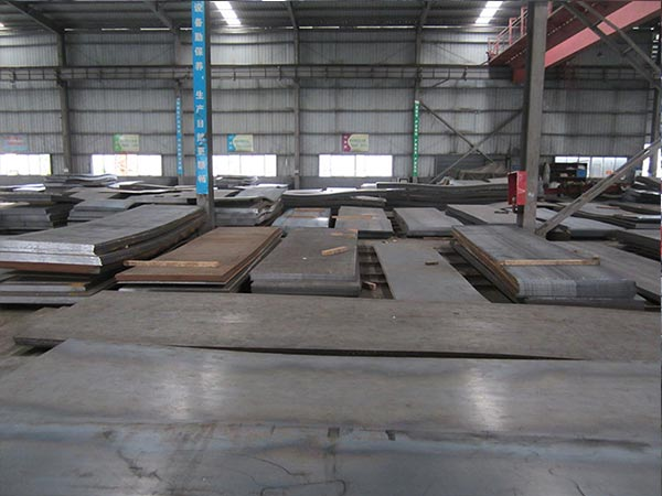 API 5L PSL1 X42, X56, X60, X70 steel coil What is the per ton price?