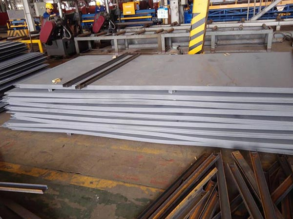 A573 Grade 65 and SA573 Grade 70 carbon steel plate flame cutting